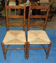 Pair Of Antique Wicker Chairs 18x18x43