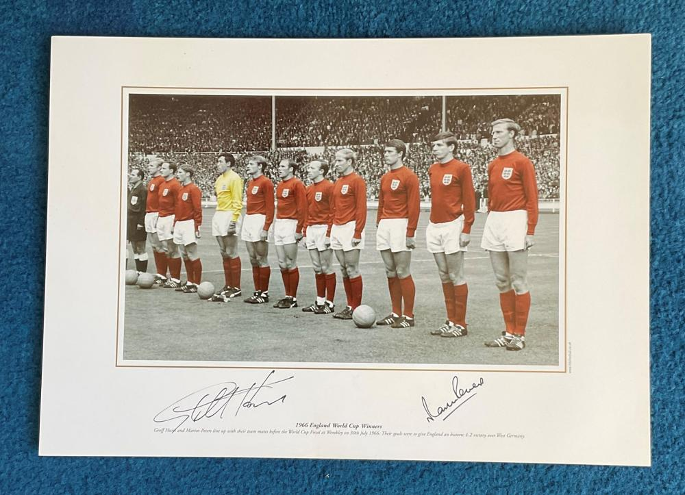 Geoff Hurst and Martin Peters Handsigned 16x12 inch black and white plus colour photo. Photo shows