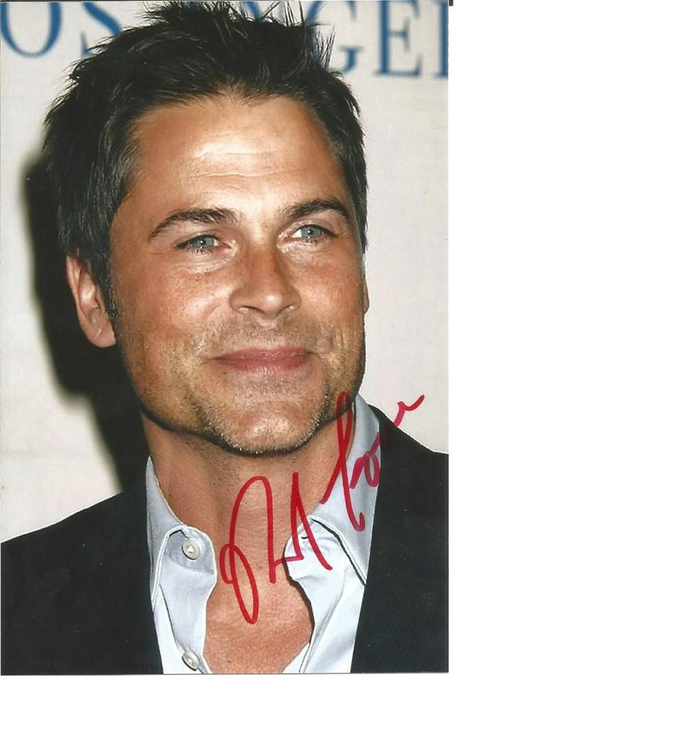 Rob Lowe signed 6x4 colour photo. American actor and director. He is the recipient of two Screen