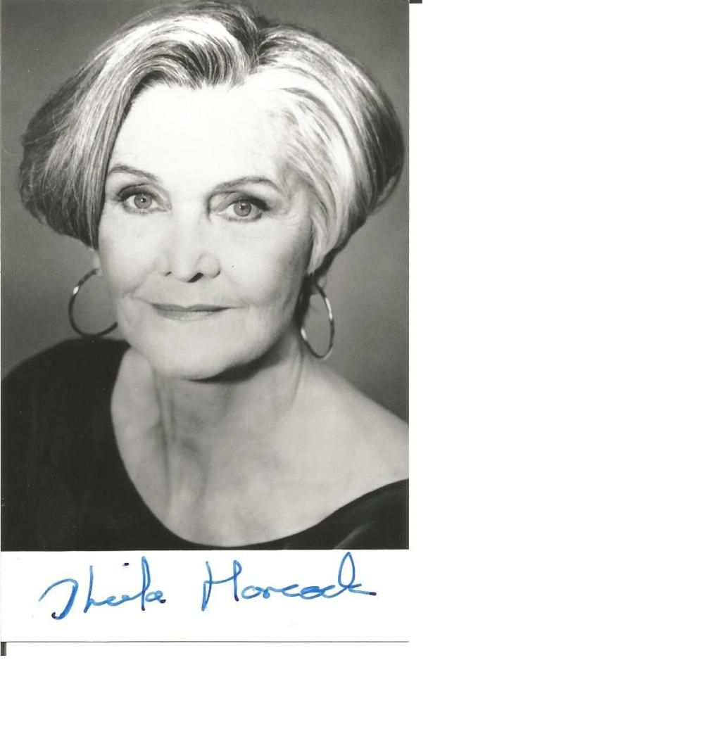 Sheila Hancock signed 6x4 b/w photo. English actress and author. Good Condition. All signed pieces