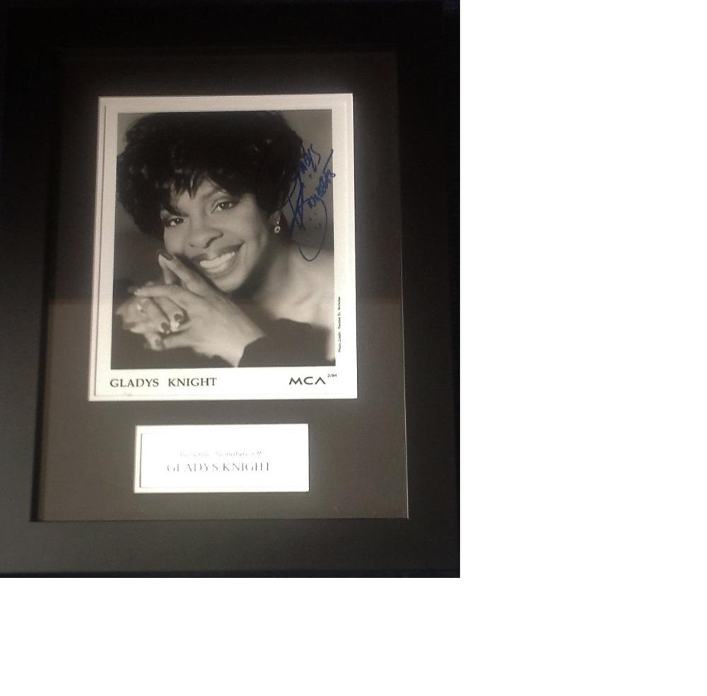 Gladys Knight signed b/w photo 18x14 overall mounted and framed to a professional standard. Gladys