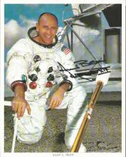 Alan Bean signed 10x 8 colour white space suit in front of lander photo, Inscribed Apollo 12. Good