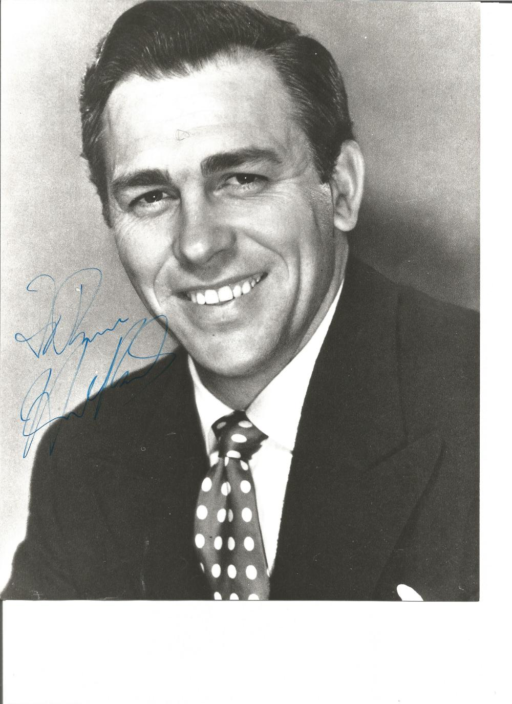 Howard Keel signed 10x8 b/w photo. April 13, 1919 – November 7, 2004, known professionally as Howard