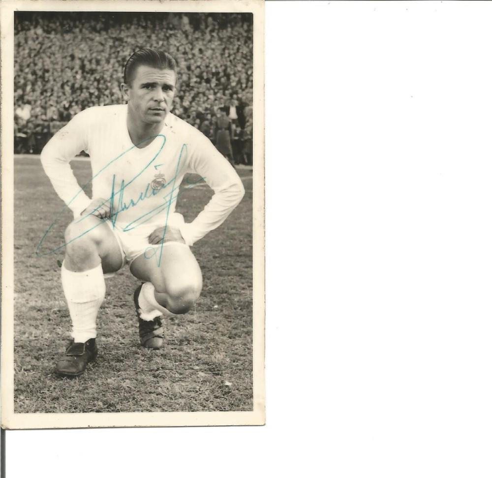 Ferenc Puskas signed vintage 6 x 4 b/w photo. Hungarian footballer and manager, widely regarded as