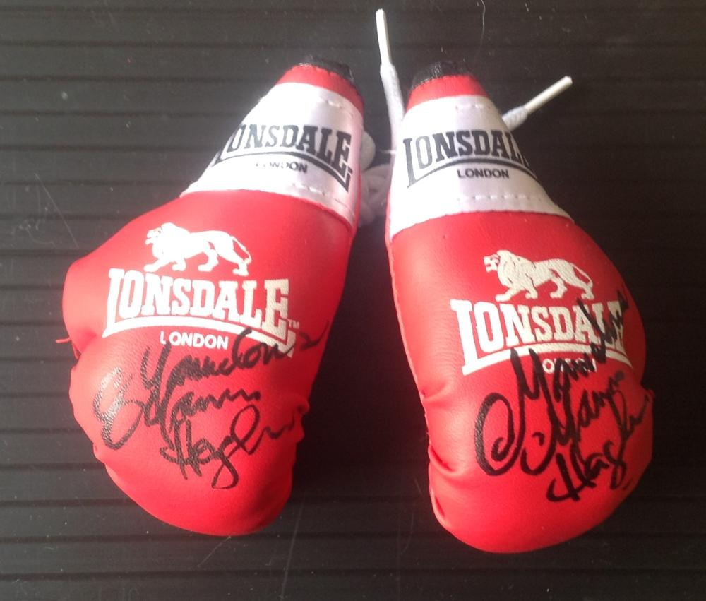Marvellous Marvin Hagler signed miniature boxing gloves. Good Condition. All signed pieces come with