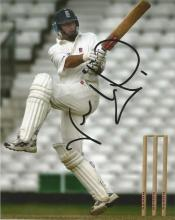 Nasser Hussain 10x8 signed colour photo. Former English cricketer who captained the England