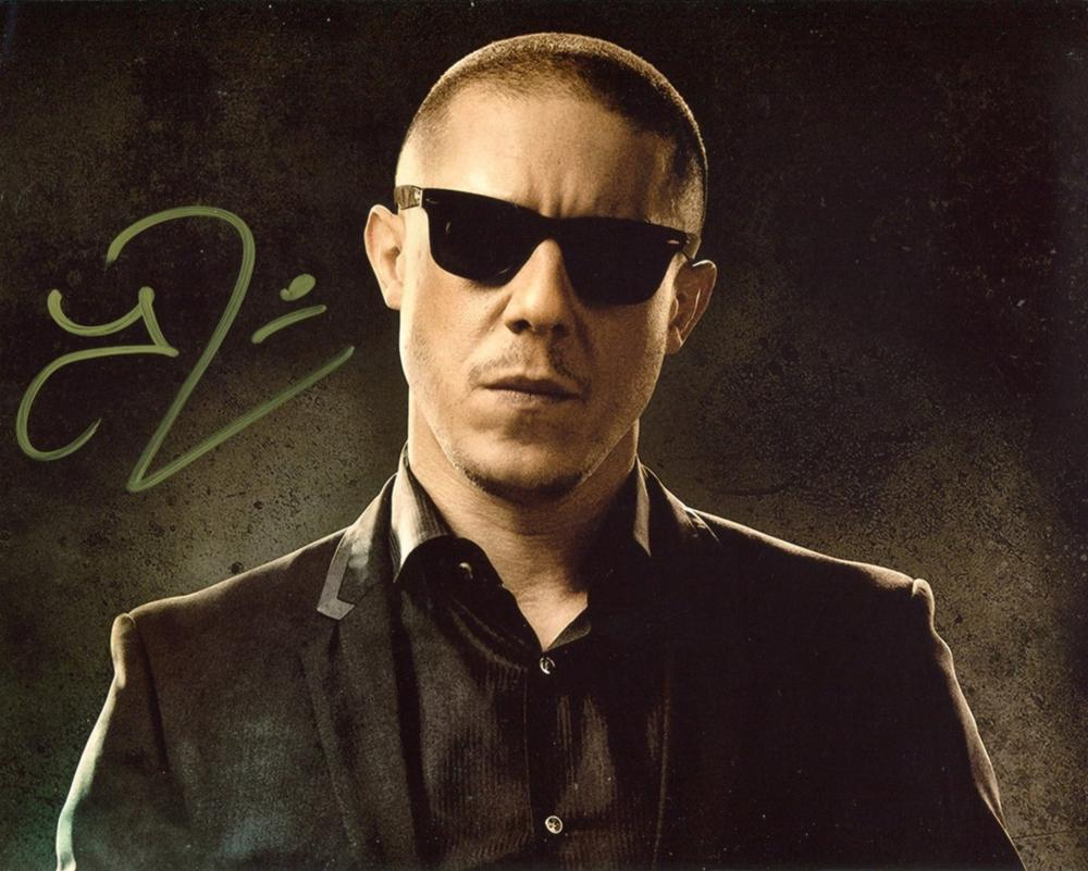 Sons of Anarchy 8x10 photo signed by actor Theo Rossi. Good condition. All autographs come with a