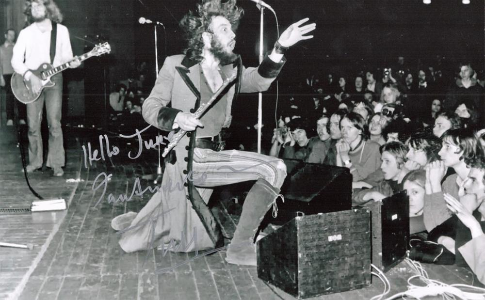 Jethro Tull, Ian Anderson signed and dedicated 12x8 black and white photograph Jethro Tull are a
