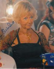 Sheila Reid signed 10 x 8 colour photo. Superb pho