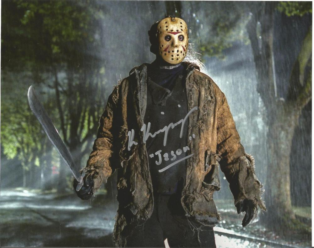 Ken Kirzinger Freddy vs Jason hand signed 10x8 photo. This beautiful hand-signed photo depicts Ken