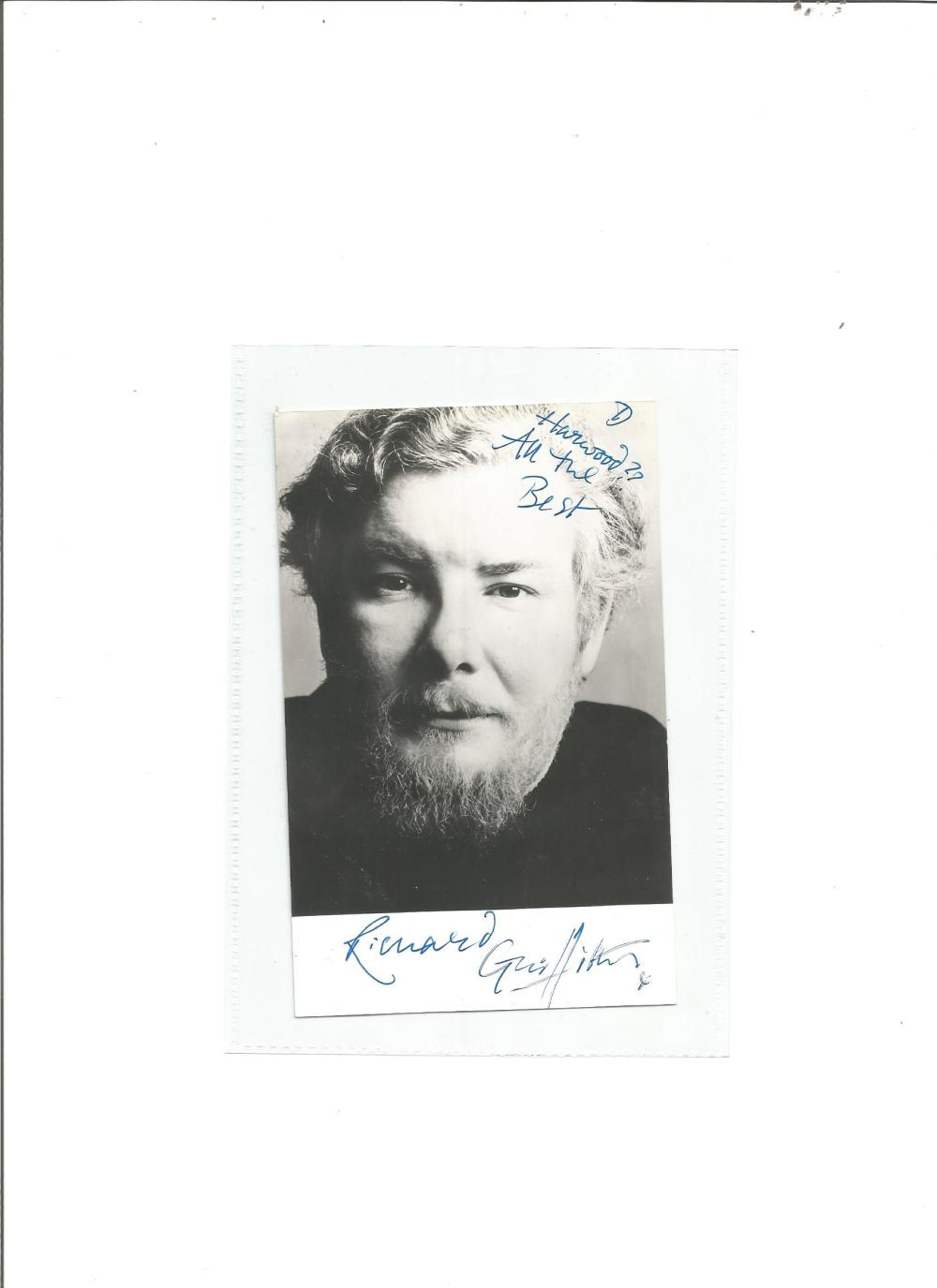 Richard Griffiths signed 6X3 b/w photo. Good Condition. All signed pieces come with a Certificate of