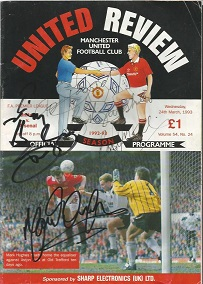 Multi-signed Manchester United Programme United Re