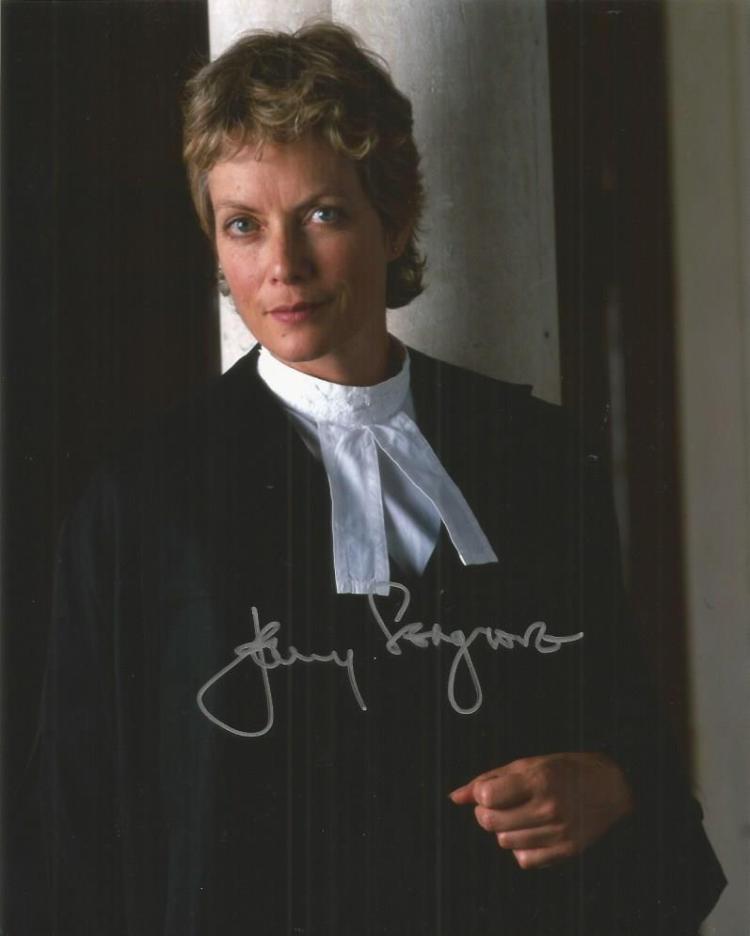 Jenny Seagrove- Judge John Deed-  10X8 Photo Sig
