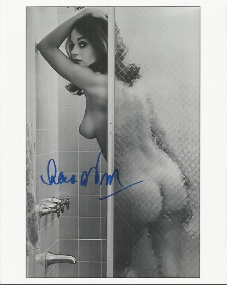 Lana Wood - James Bond -    - 10X8  Photo   Signed