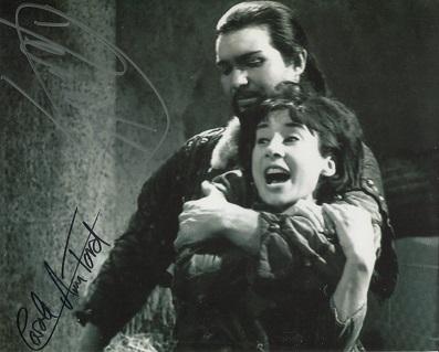NESBITT & FORD – 8x10 photo from Doctor Who, signe