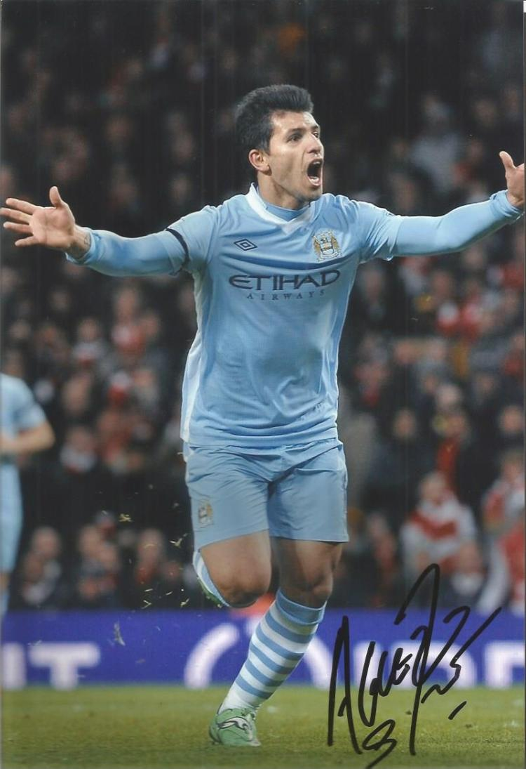 Sergio Arguero Signed Manchester City 8X12Photo G