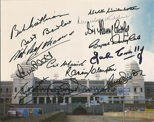 Wembley Legends 14 Wembley Legends Signed 8X10 Sta