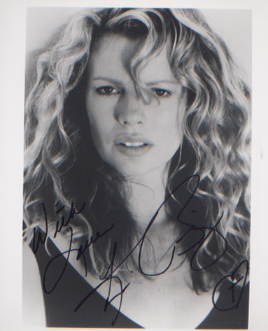 Kim Basinger. 10x8 picture. Excellent.  Good condi