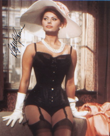 Sophia Loren. 10x8 picture. Excellent.  Good condi