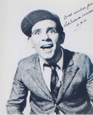 Sir Norman Wisdom. 10x8 classic picture. Excellent
