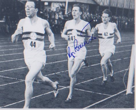 Four Minute Mile. 10x8 picture of Roger Bannister,