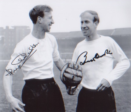 Bobby & Jack Charlton. A 10x8 picture of the Charl