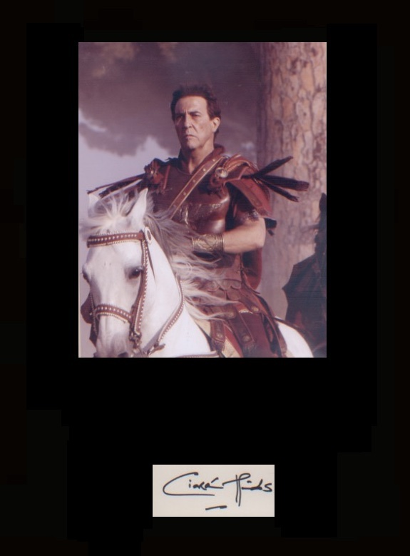 Rome - Ciaran Hinds. Signature with a picture in c
