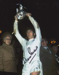 Martin Peters Spurs Signed 10 X 8 high quality pho