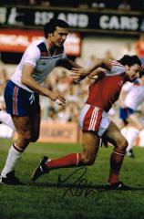Micky Thomas Wales Signed 12 X 8 high quality phot
