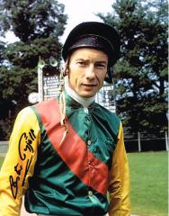 Lester Piggott Signed 10 X 8 high quality photogra