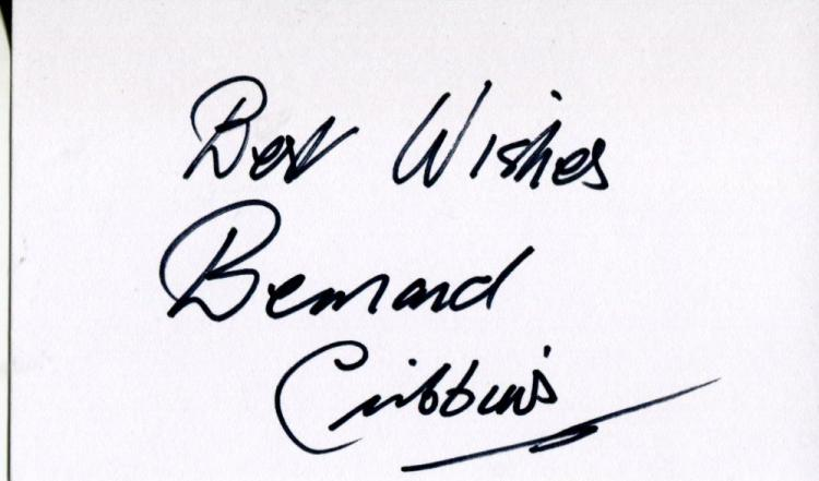 BERNARD CRIBBINS: 5x3 inch whitecard signed by Ber