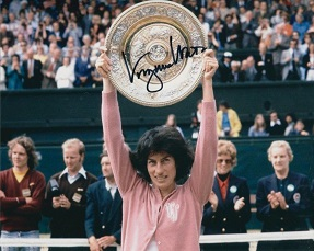 VIRGINIA WADE: 8x10 inch photosigned by Virginia W