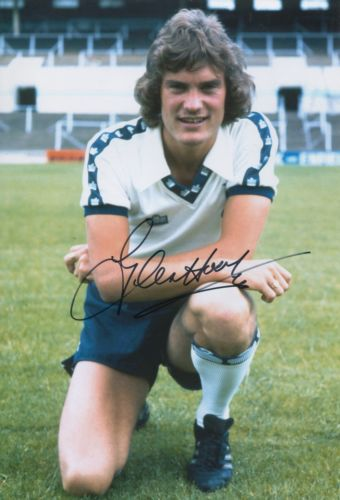 GLENN HODDLE: 8x12 inch photosigned by former Spur