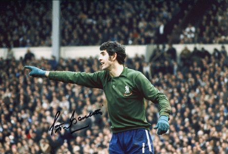 PETER BONETTI:  8x12 inch photo signed by former C