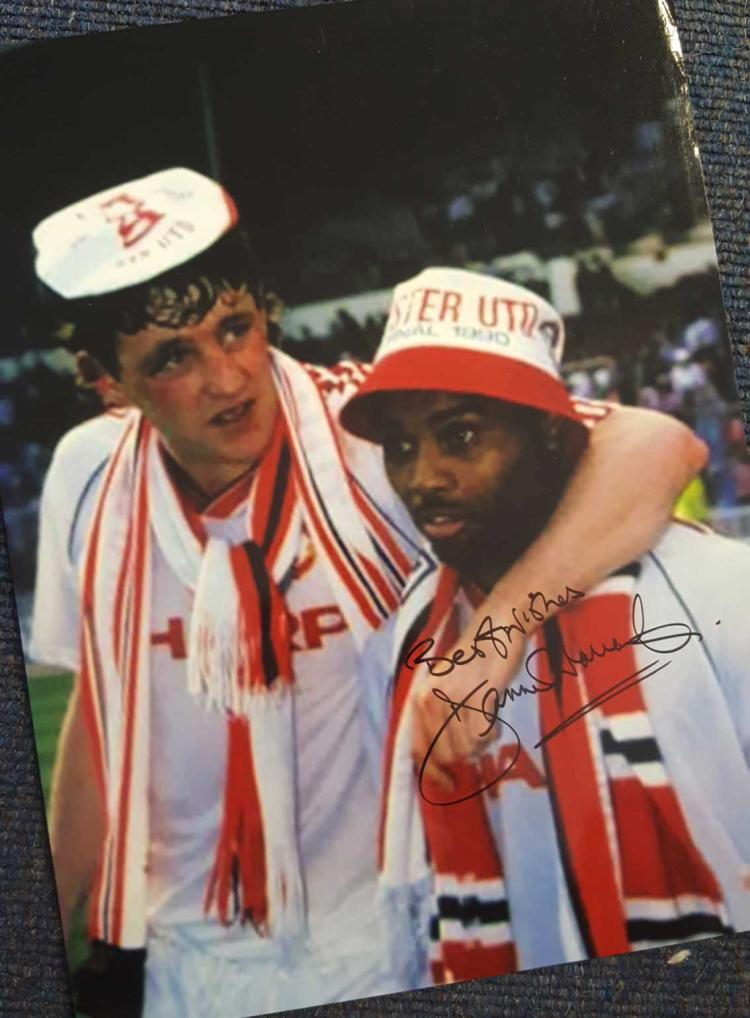 Danny Wallace Signed Manchester United 12X16 Photo