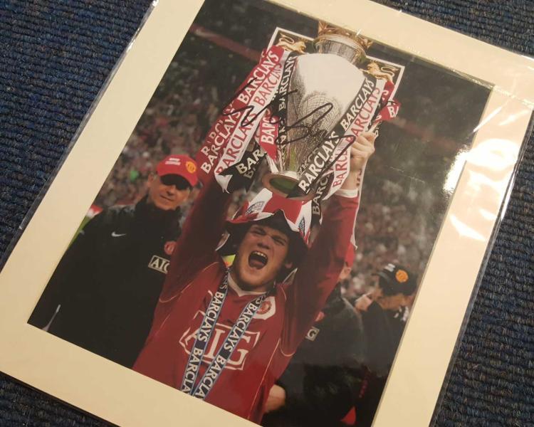 Wayne Rooney Signed 10X12 Mounted Manchester Unite