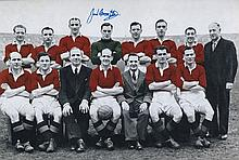 MANCHESTER UNITED: 8x12 photosigned by Manchester