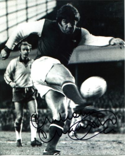 ARSENAL: 8x10 inch photo signedby Malcolm MacDonal