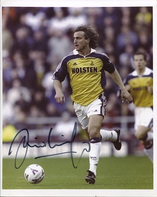 DAVID GINOLA:  8x10 inch photo signed by former Fr