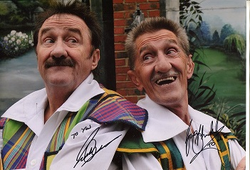 CHUCKLE BROTHERS: 8x12 inch photosigned by Paul an