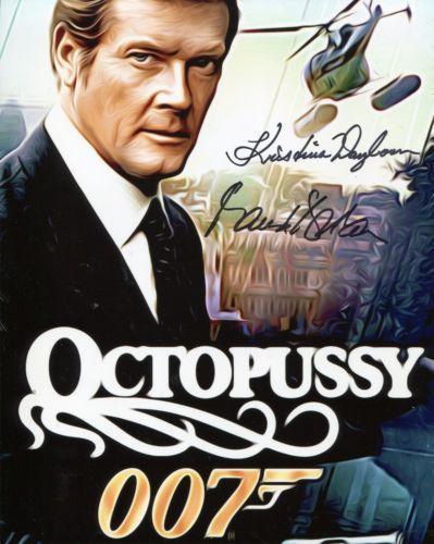 JAMES BOND: 8x10 inch photo fromthe Bond movie Oct