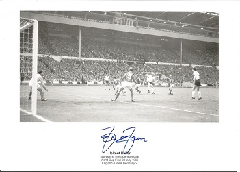 HELMUT HALLER signed 1966 World Cup Final Goal 8x