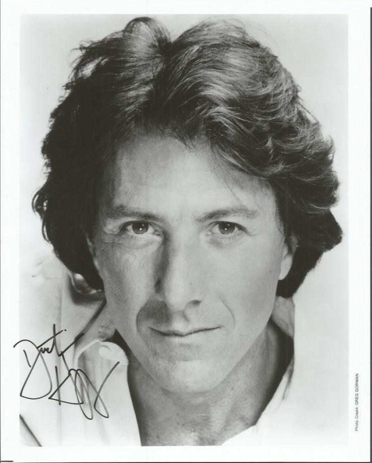 Dustin Hoffman signed 10x8 b/w photo.  American ac