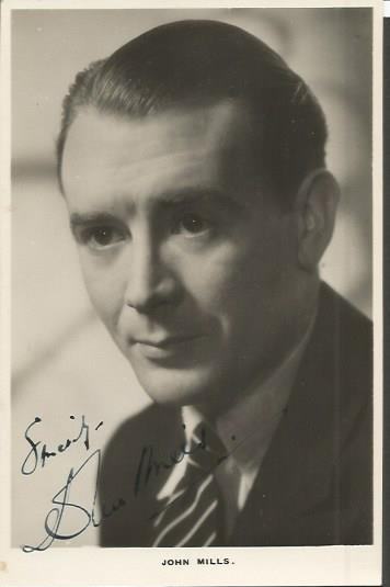 John Mills signed vintage 6 x 4  b/w photo.  Engli
