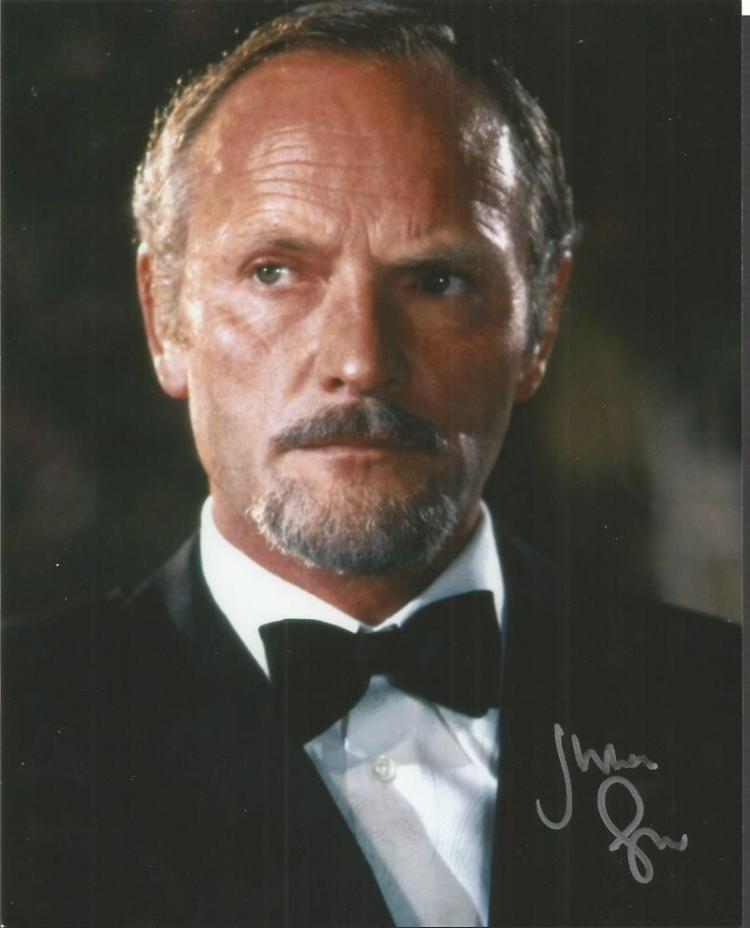 Julian Glover signed colour 10x8 photo as the Jame