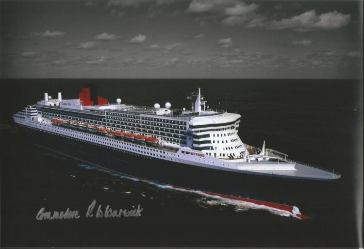 Qe2 Colour 12x8 photo of the QE2 signed by Command