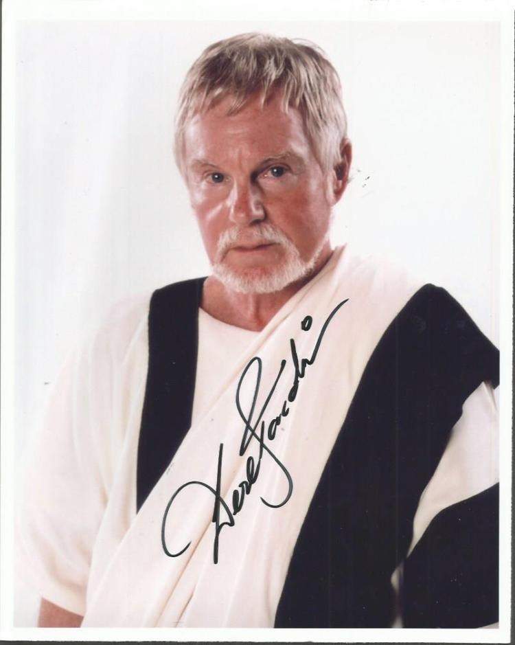 Derek Jacobi signed 10x8 colour photo as the Senat