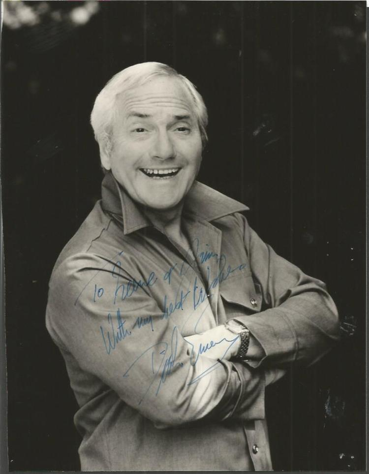 Dick Emery signed 10 x 8 bw photo.  Dedicated.  En