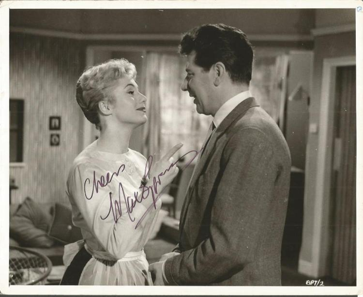 Max Bygraves signed 10x8 b/w photo.    English com