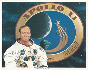 Edgar Mitchell Apollo 14 Moonwalker signed 10x8 co